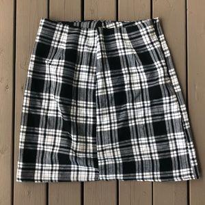 NWT Boohoo Plaid Mini Skirt